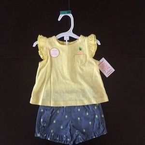 Baby girls pineapple short set